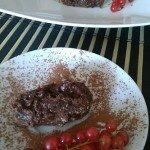 Śliwkowa rolada z musem czekoladowym
